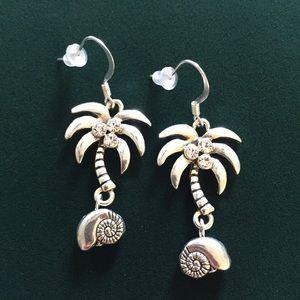 Palm Tree earrings, NWT
